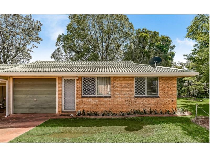 5/100A Holberton Street Newtown QLD 4350