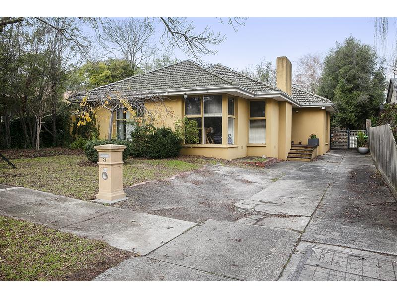 21 Watson Street Frankston South VIC 3199