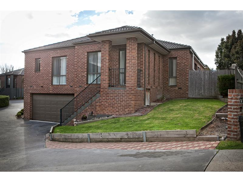 11/5 Serra Close Langwarrin VIC 3910