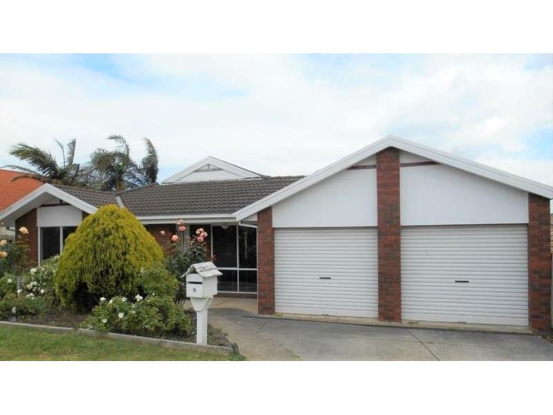 SPACIOUS FAMILY HOME | PERFECT LOCATION | FOUR BEDROOM