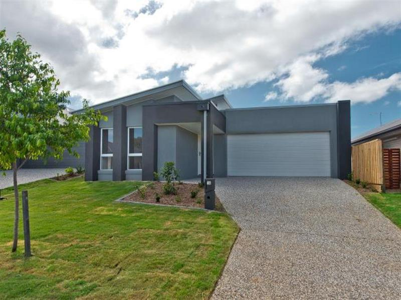 MODERN I PERFECT LOCATION I FOUR BEDROOM