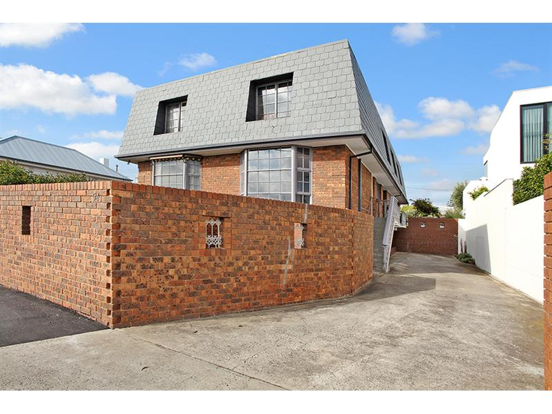 2/54 The Strand WILLIAMSTOWN VIC 3016