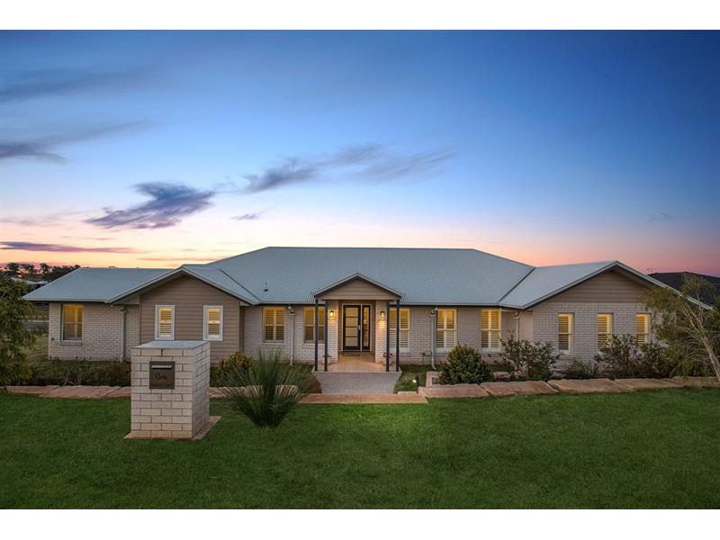 1 Explorer Ct Gowrie Junction QLD 4352