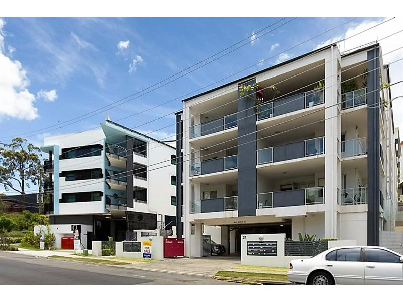 6/37 School Street KELVIN GROVE QLD 4059